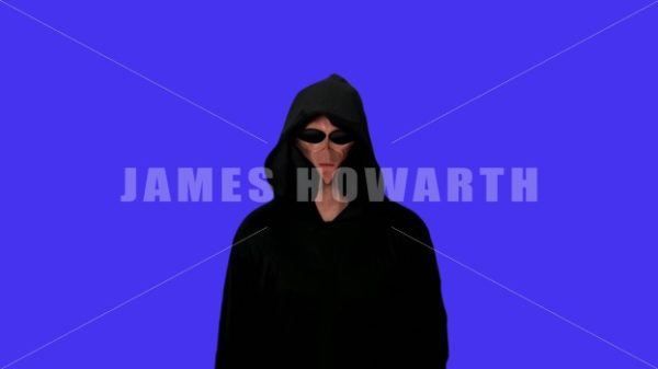 Alien on blue screen - Actor Stock Footege